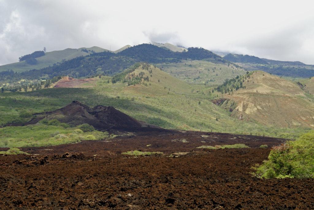 Ka-lua-o-pele in Hawaii covered in lava rocks and the location of the struggle between Pele and Kamapu'a.