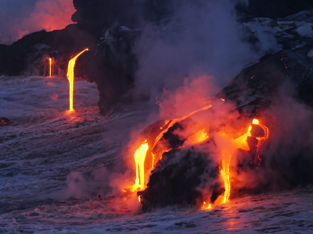 Kilauea eruption in 2017, photo shows lava flowing into Pacific Ocean and this is how Pele creates new land.