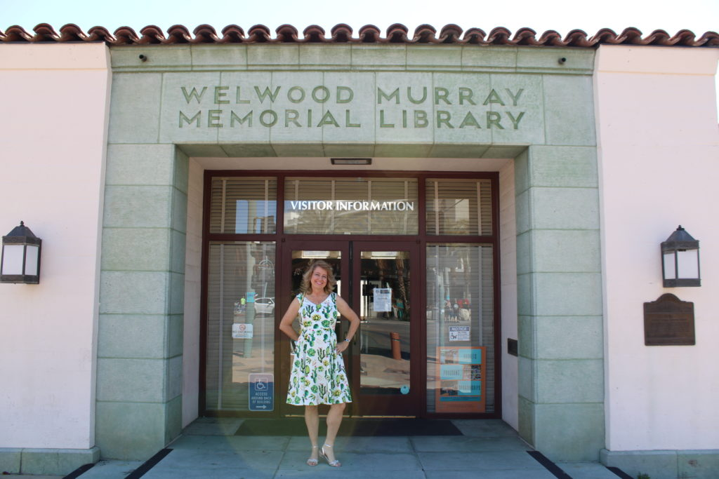 Welwood Murray Memorial Library and Palm Springs Visitor Center