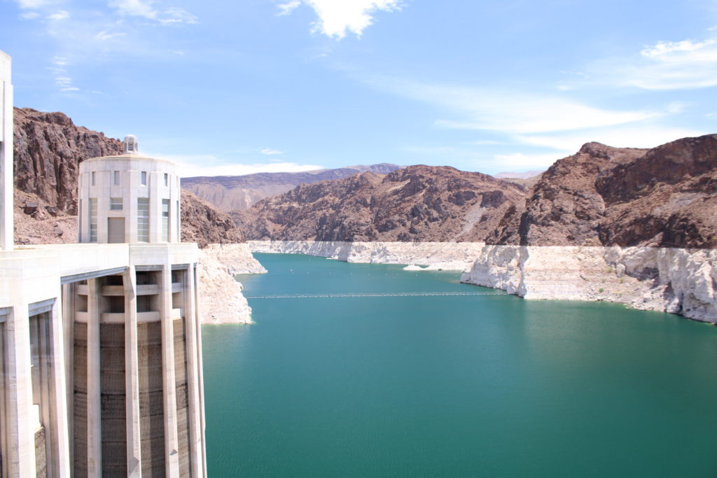 View of Lake Mead with white sides marking drop in water level
